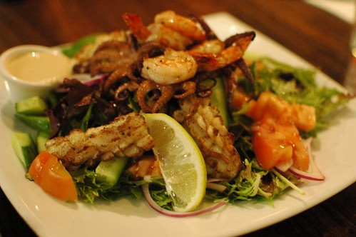 Grilled mixed seafood & salad
