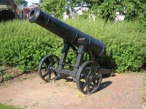 Middlesbrough, Memorial Cannon, Albert Park