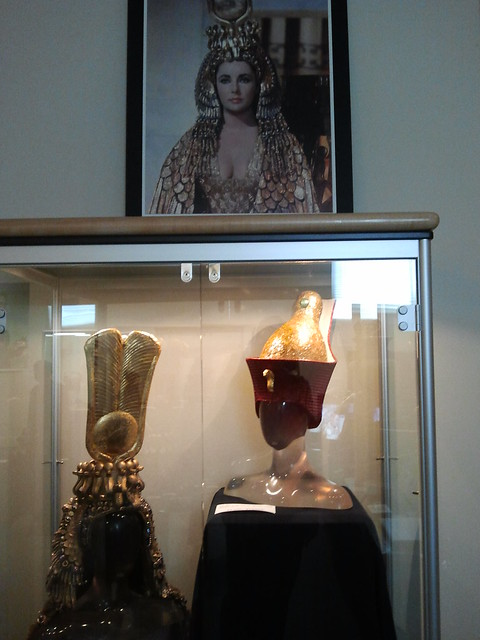 headdresses from Cleopatra