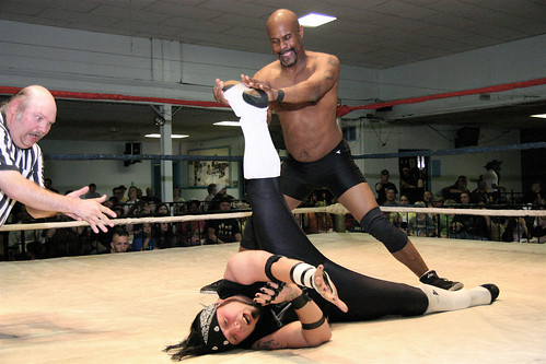 MMWA-SICW Mainstay Shaft (pictured with Static) helped Statics appreciation for wrestling become more than interest as a casual fan. Photo by Mike VanHoogstraat