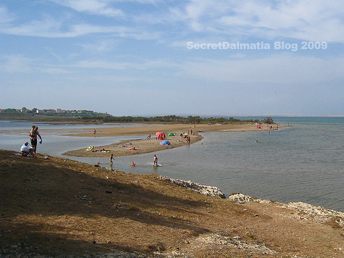 Kraljičina beach in Nin