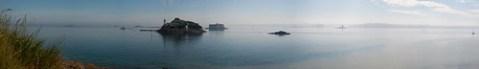 La Phare de l'Île Louët et le Château Taureau dans la brume matinale (2)