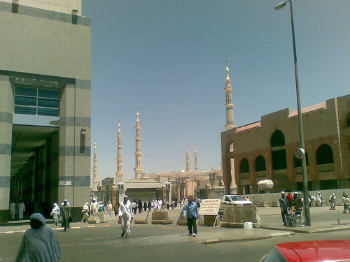 Pemandangan Masjid Nabawi dari Hotel Elaf Taiba, Madinah