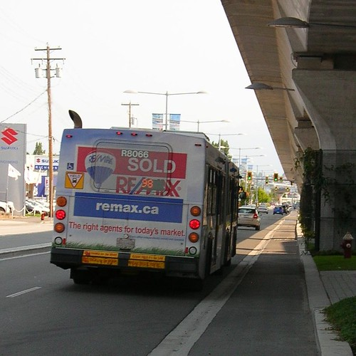 R8066 nb on No 3 Road on #98 B-Line