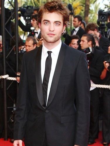 21-Robert Pattinson por ti.