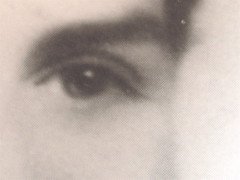 Gabriella Romano, Il mio nome è Lucy. L'Italia del XX secolo nei ricordi di una transessuale, Donzelli 2009: Tav. n. 1 fuori testo: ritratto fotograf. b/n di Lucy (part.), 12