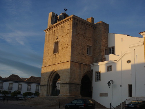 Cathedral in Faro old town