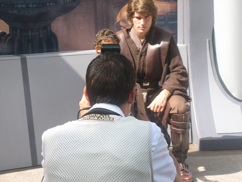 Anakin - What a hottie! -- uh, I mean, he was very good with the crowd.