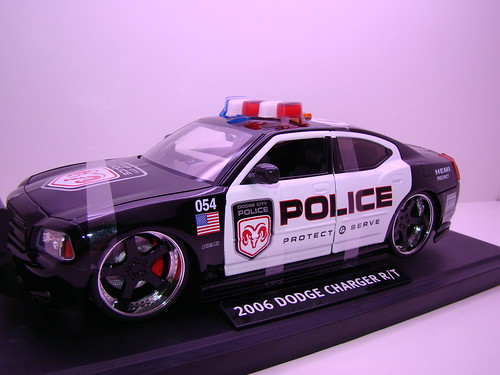 Jada Toys Dodge Charger Police (2)