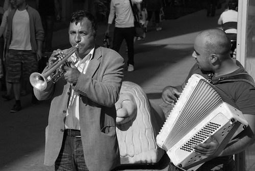 Street trumpet player