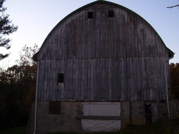 O'Neil Woods - Barn