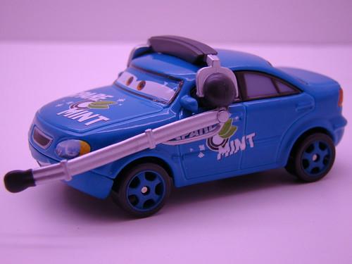 CARS Team Spare O Mint opened (3)