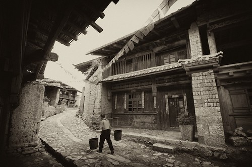 Work continues on Zhongdian, much as it has for hundreds of years.