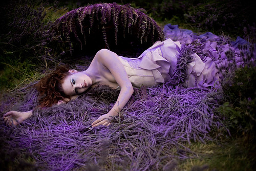 5...... / Kirsty Mitchell (Wonderland returns winter 2011)