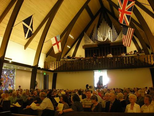 Service About to Start, St. Andrew's Saratoga California photo: copyright 2009 Katy Dickinson