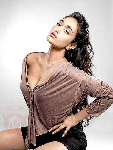 jiah-khan-www.picsmall.com-010 by Bollywood Photos.