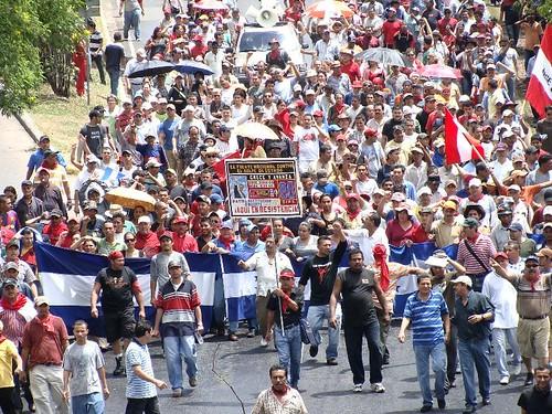 Marcha del día 23-09 (31) por HablaHonduras.