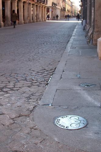 Pseudo carril-bici en la calle Mayor