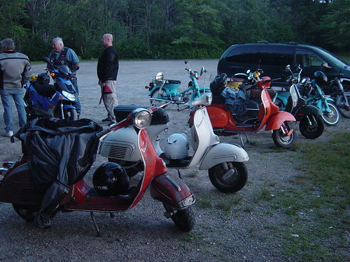 At Lincoln Woods ... notice the Passports / bikes in front belong to our leader and tailgunner