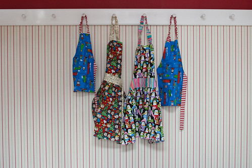 Aprons for Christmas Cookies