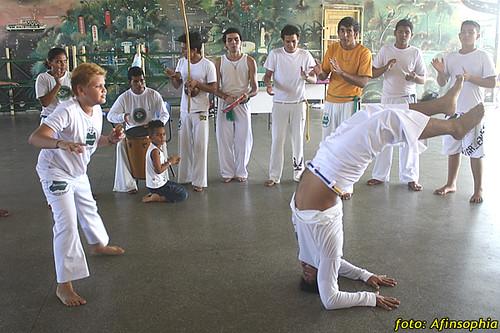 Capoeira Oxalá 07 por você.