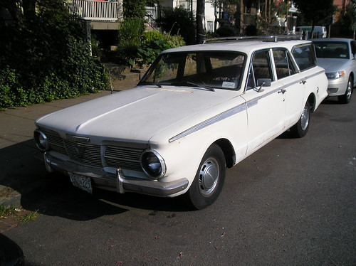Vintage Ride of the Week: 1965 Valiant 200 Station Wagon