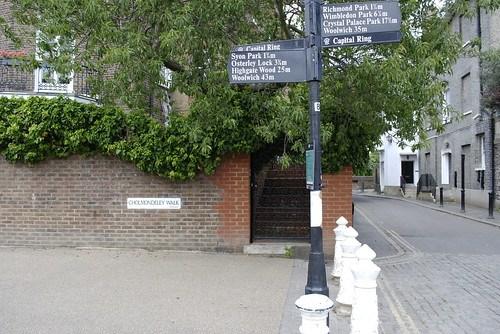 Cholmondley Walk, Richmond