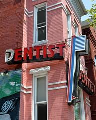 Dentist/Dentist