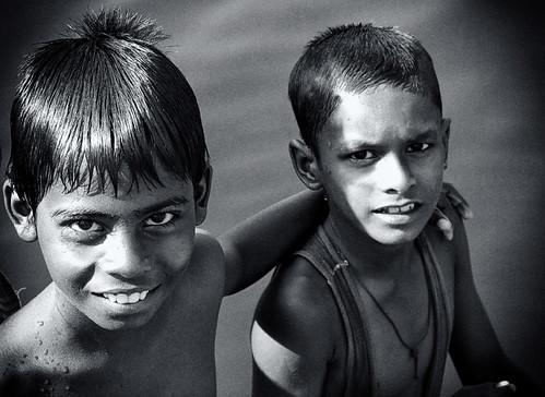 FRIENDS (by எஸ்.சத்த� ��யன் | Sathiyan)