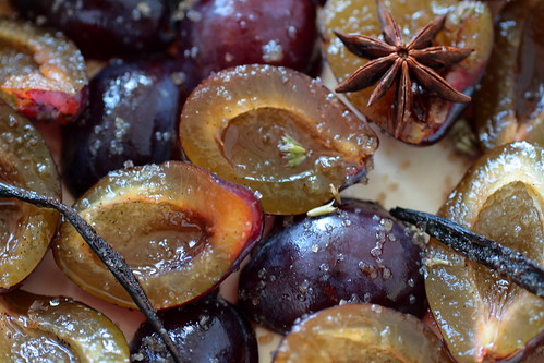 Plums ready for roasting