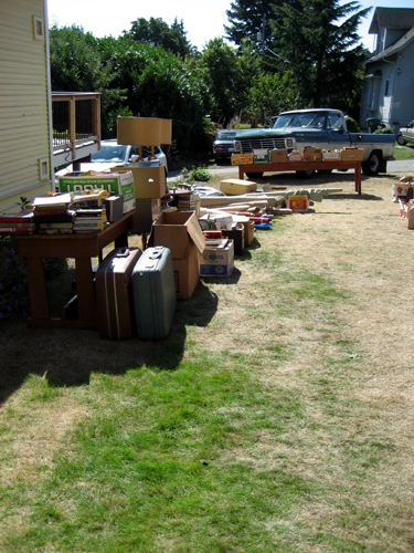 Outdoor estate sale