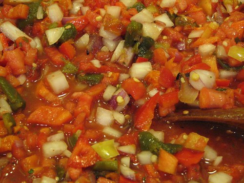 Roasted pepper-garlic salsa