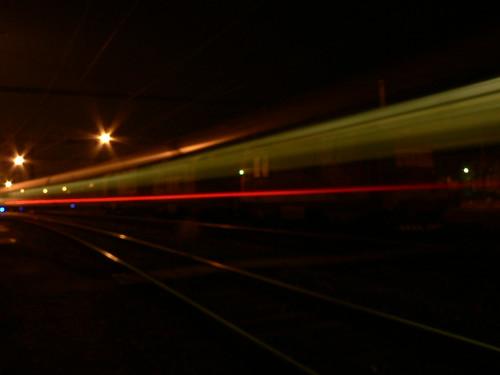 Attenzione! Treno in tranzito