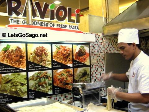 Ravioli in Robinson Galleria Foodcourt