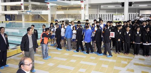 48港澳埠際賽-雙方負責人與運動員進行握手禮