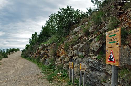Montgó, itinerarios