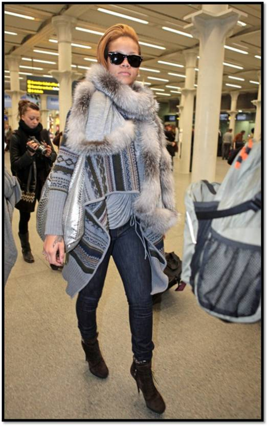 Rihanna Out and About in Sweater,Jeans in London 11-13 5