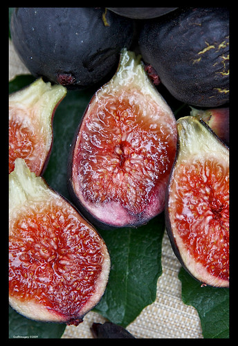 Gorgeous , sweet figs from my garden by you.