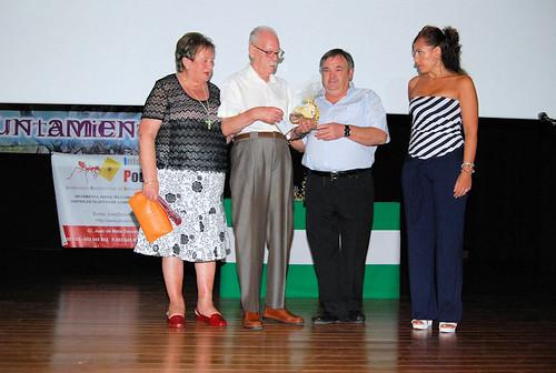 Juan Pastillas recibiendo el premio A la Mejor trayectoria deportiva