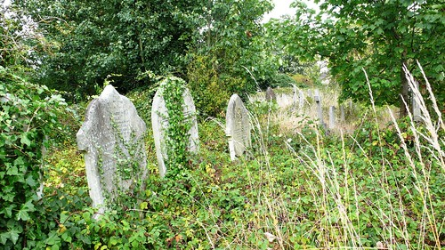 Woodgrange Park Cemetery