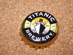 Titanic Bottle Top