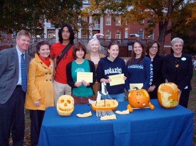 From left: Vice President of Student Affairs Doug Searcy, Assistant Director of Multicultural Student Affairs Courtney Chapman, Juniors Lua Cao and Ellen Beste (Third Place), President Judy Hample, Senior Emily Potosky (First Place) Senior Kathleen Watson (Second Place), Assistant to the President Susan Worrell, and Assistant Vice President for Public Safety and Community Services Susan Kick (Photo by Brendan Oudekerk / The Bullet)