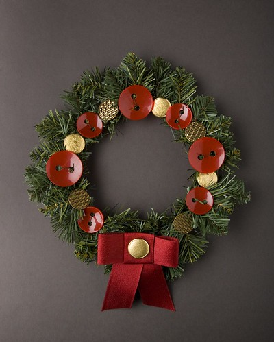red and gold button wreath!
