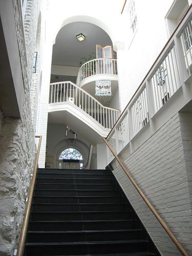 StJohnEpiscopal-stairwell