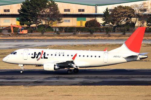 JAL Embraer170(JA213J)