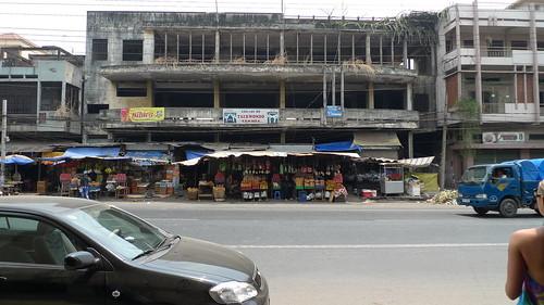 main street market in ho chi minh city