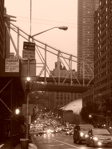 Queensboro Bridge seen from York Avenue