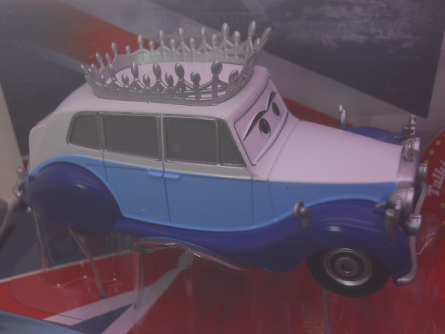 disney store cars 2 save the queen boxset (3)
