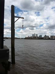 UK - London (Hangman's noose in Wapping)