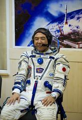 Expedition 28 Preflight (201106070030HQ)